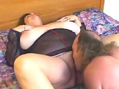 Chubby mature with huge boobs spoils horny man